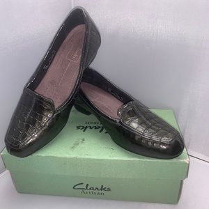 Women's Leather Loafers Flats size 7.5M